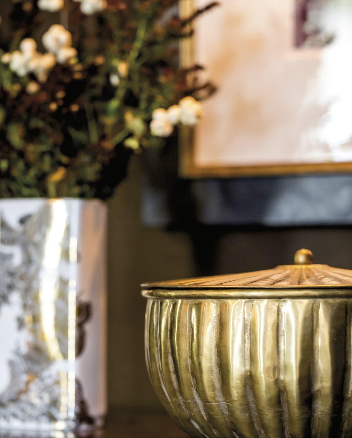 Closeup of a gold bowl