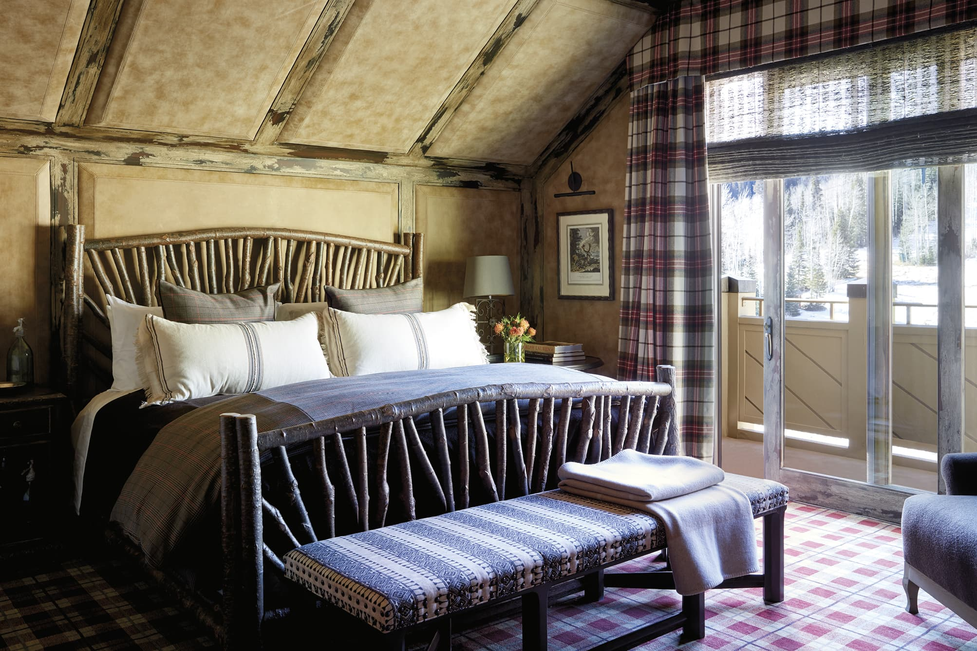Bedroom with a rustic decor